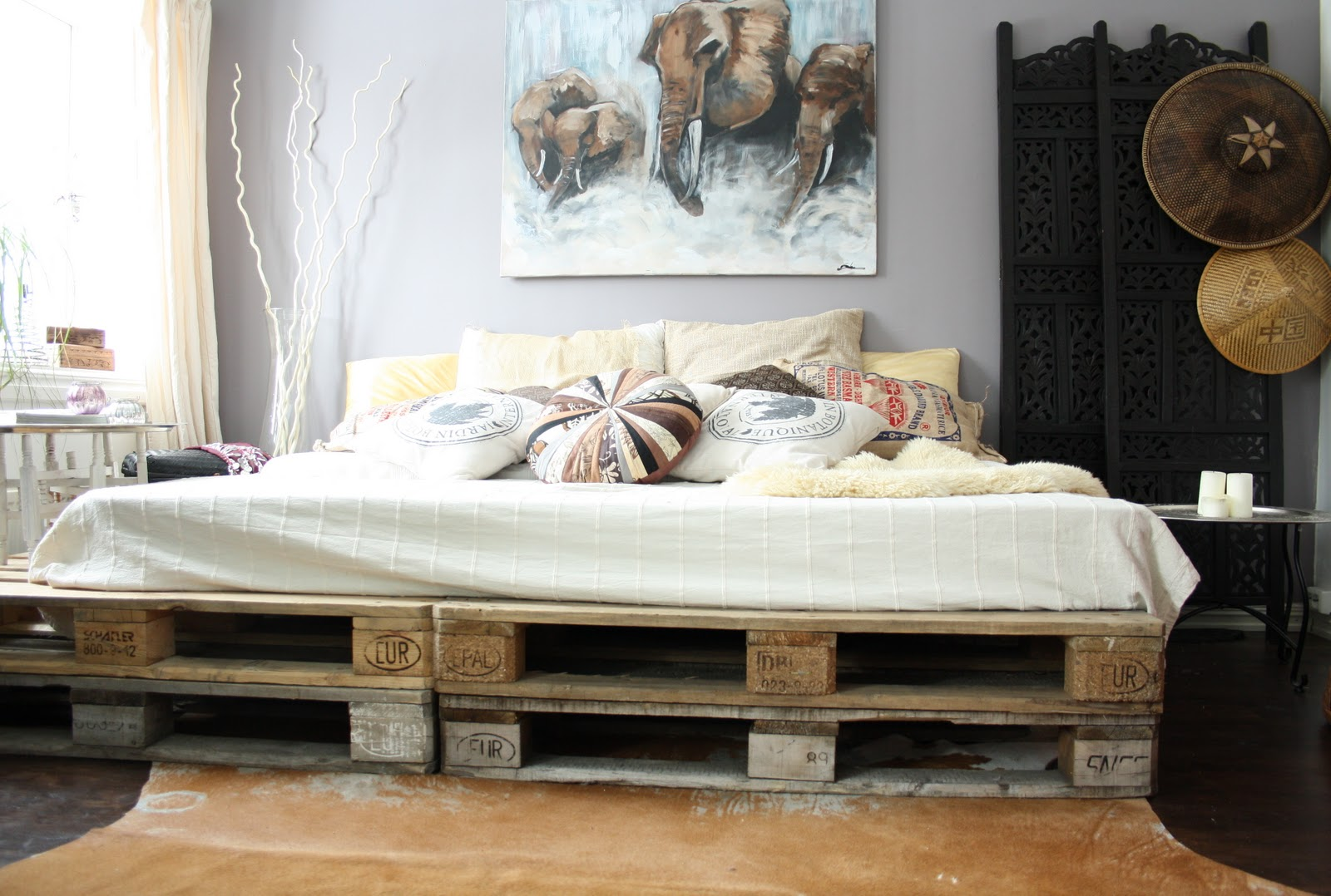 Cheap bed frame furniture from pallet diy decoration painting elephants shabby