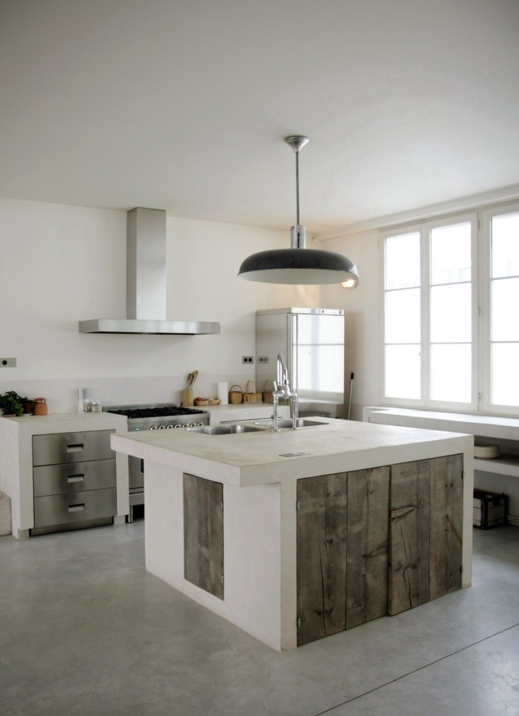 Polished concrete floor for kitchen